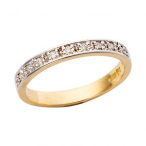 18ct Yellow Gold Diamond Band 004