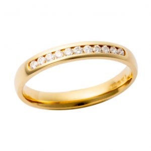 18ct Yellow Gold Diamond Band 200Y