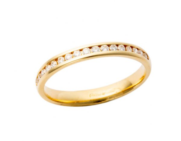18ct Yellow Gold Channel Set Band 211