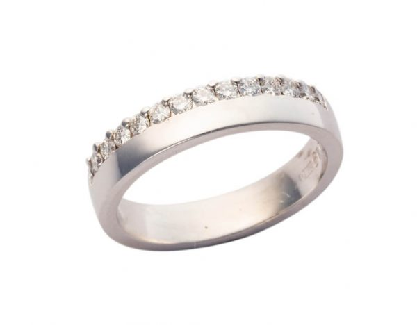 18ct White Gold Diamond Wedding Band MM045